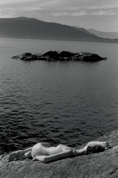 Lincoln Clarkes Photographs: Hash picnic, West Vancouver 1990
