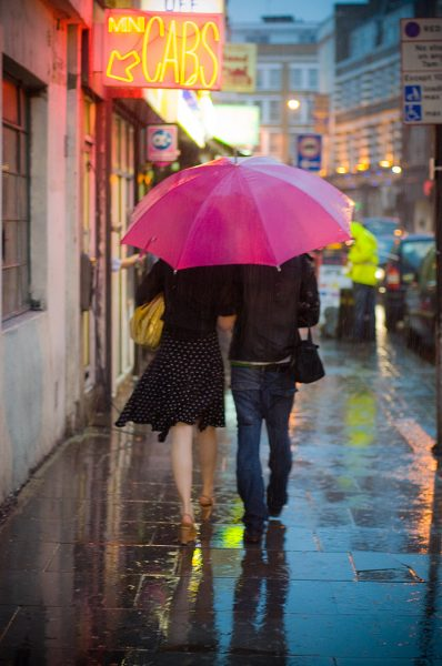 Lincoln Clarkes Photographs: Pink umbrella, Old Street