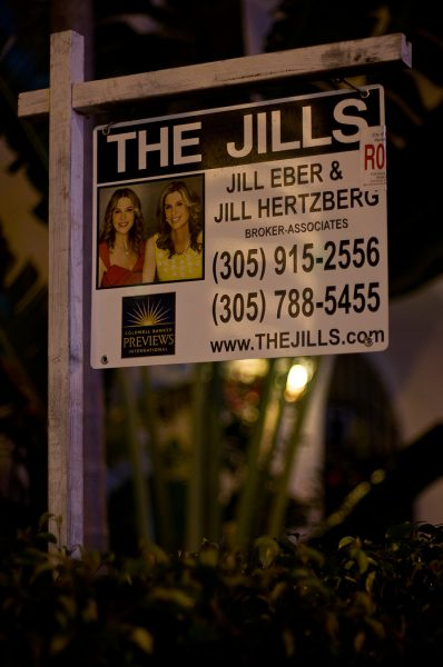 Lincoln Clarkes Photographs: The Jills, South Beach, Miami 2009