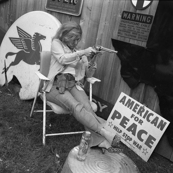 Lincoln Clarkes Photographs: 7. Texas women with their guns, Houston to Austin 2004