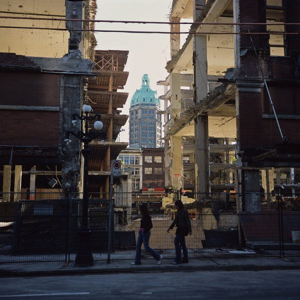 Lincoln Clarkes Photographs: Woodward's demolition, Vancouver 2006